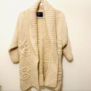 American Eagle Cream Chunky Knit Cardigan Sz Small